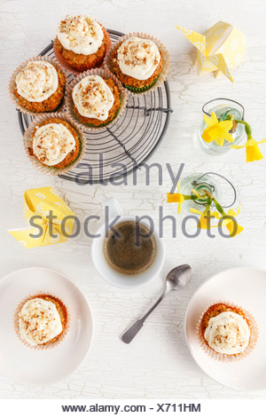 Carotte Banane Noix de coco sans gluten Cupcakes, table Banque D'Images