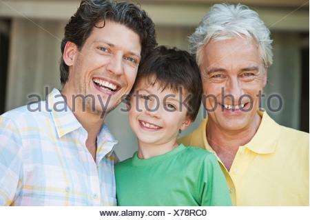 Germany, Bavaria, Family smiling, portrait Banque D'Images