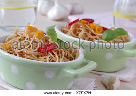 Spaghetti Aglio e olio e peperoncino Banque D'Images