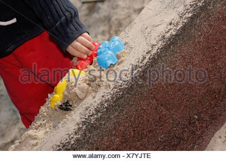 Moules de sable sur mur de sable, Allemagne Banque D'Images