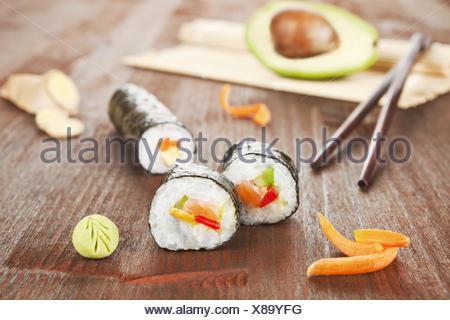 Délicieux sushi roll. Banque D'Images
