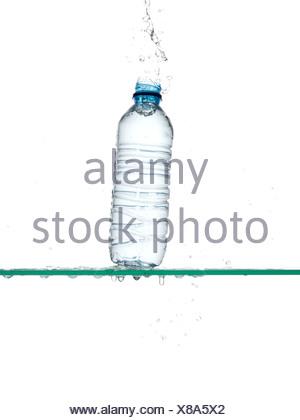 Bouteille d'eau doit être supprimé Banque D'Images