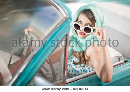 Foulard Femme à lunettes en descente convertible vintage Banque D'Images