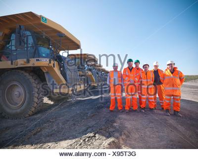 Comité permanent des travailleurs des mines de charbon à l'ensemble Banque D'Images