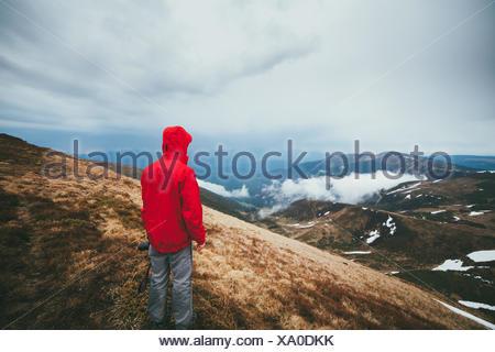 Randonneur en montagne Banque D'Images