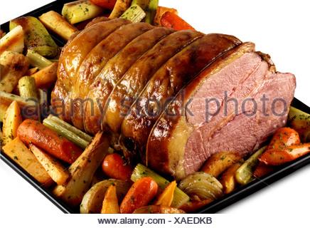 Rôti de bœuf et légumes Banque D'Images