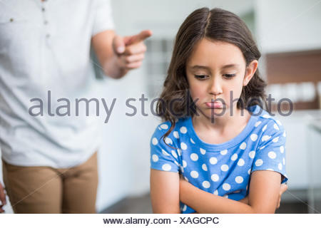 Au milieu du père de se quereller avec fille Banque D'Images