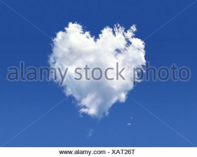 Heart-shaped cloud computer artwork Banque D'Images