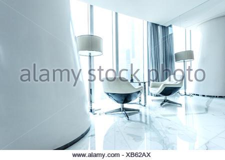 Décoration d'intérieur futuriste en blanc color match Banque D'Images