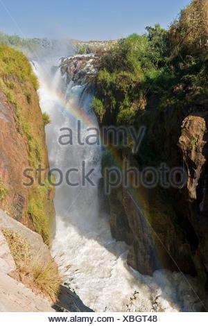 Epupa Falls à la frontière avec l'Angola, la rivière Kunene, Kaokoveld, Namibie, Afrique du Sud