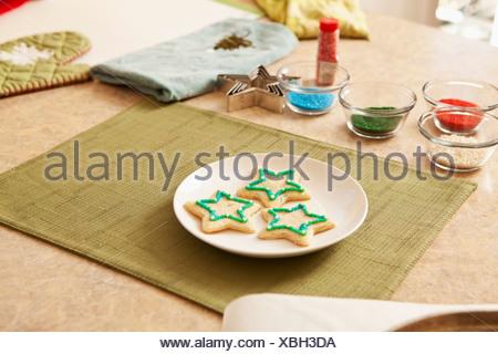 États-unis, Californie, Lawndale, les biscuits de Noël sur la plaque Banque D'Images