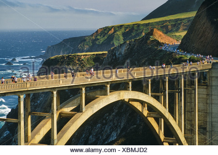 Big Sur California USA Big Sur Marathon sur Bixby bridge Big Sur Banque D'Images