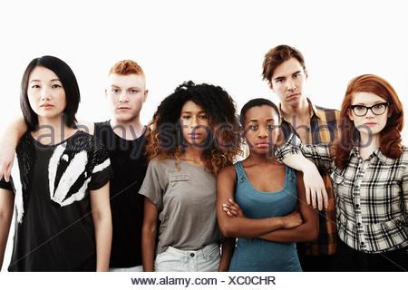 Studio de portrait officiel six graves les jeunes adultes Banque D'Images
