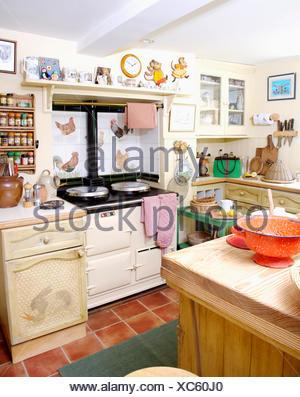 En trompe l 39 oeil sur meuble dans la cuisine avec effet quip placards bleu banque d 39 images - Meuble trompe l oeil ...