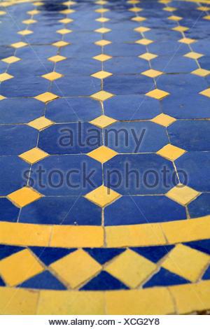 Plaque de table, mosaïque, bleu, jaune meuble, mobilier, table de ...