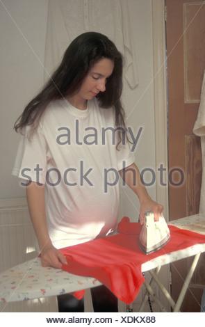 Femme enceinte planche Banque D'Images