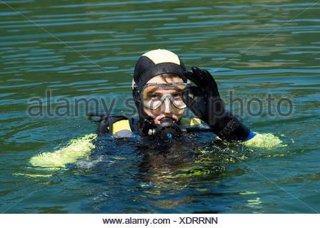 Plongée sous marine à la surface de l'eau, Maria Zell, Styrie, Autriche, Europe Banque D'Images