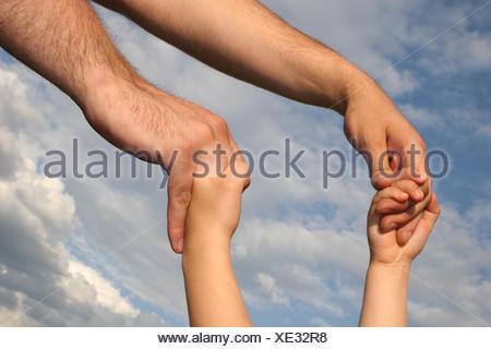 Doigt main mains atteindre grand grand énorme immense imposant puissant extrême Banque D'Images
