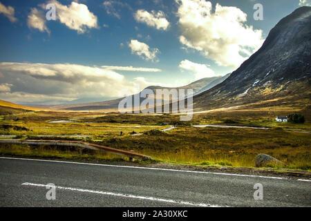 Glencoe. Area di Lochaber nelle Highlands, Scotland, Regno Unito. Highlands scozzesi. Foto Stock