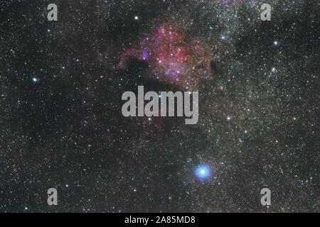 L'America del nord Nebula nella costellazione del Cigno, la stella più luminosa Deneb