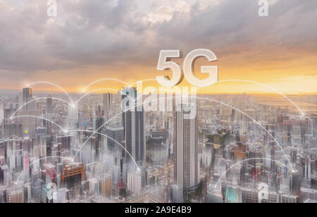 Tecnologia di connessione di rete nella città, con 5g reti internet