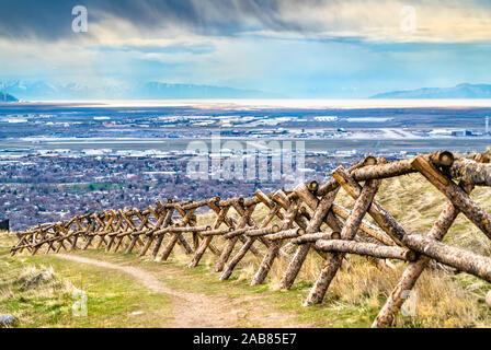 Accedere recinzione al picco di alfiere in Salt Lake City, Utah Foto Stock