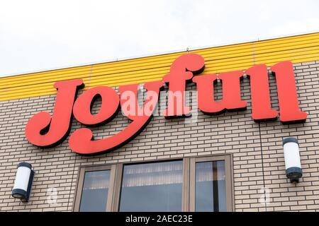 Joyfull (ristorante giapponese catena), segno sulla costruzione Foto Stock
