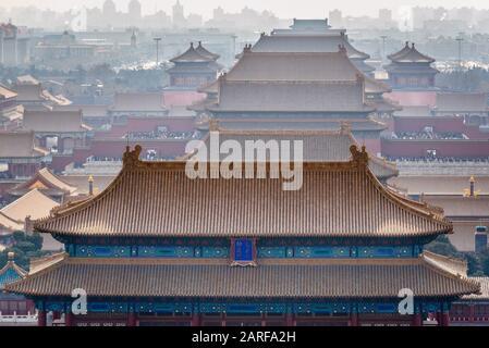 Città Proibita di Pechino, Cina, vista dalla collina Jingshan con Palace Museum.