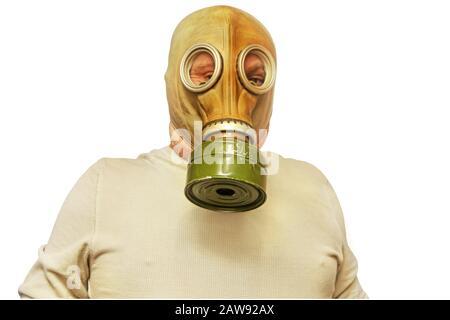 Concetto SARS. Uomini in maschera di gas preso closeup isolato su uno sfondo bianco.