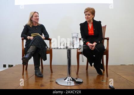 Foreign Press Briefing , con Nicola Sturgeon SNP leader , Scottish MP l'11 febbraio 2019 a Carlton House , Londra , Regno Unito Foto Stock