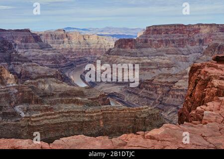 Grand Canyon, USA, West Rim con il fiume Colorado giù sotto