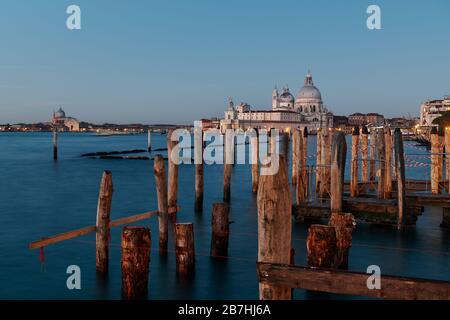 VENEZIA, ITALIA 20 febbraio 2020. Veduta della Chiesa di Santa Maria della Salute da Piazza San marco
