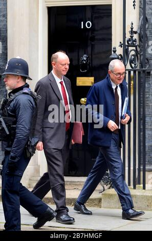 Londra, Regno Unito. 3 Marzo 2020. Chris Whitty (L - Chief Medical Officer for England, Chief Medical Adviser to the UK Govt.) e Sir Patrick Vallance (R - G Foto Stock