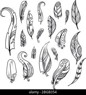 Piume di uccello. Mano disegno elementi indiani set isolato su bianco. Stile boho Foto Stock