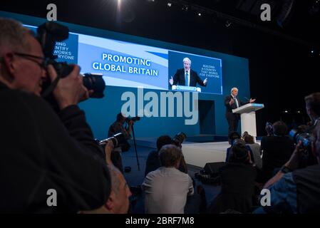 Boris Johnson parla durante la Conferenza del Partito conservatore quando lui Era Segretario agli Esteri nel 2017
