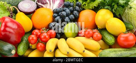 Frutta e verdura diverse e sane. Cibo sano e naturale Foto Stock