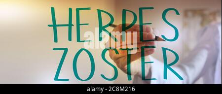 Medico mano che scrive Herper zoster con marcatore. Concetto di assistenza sanitaria