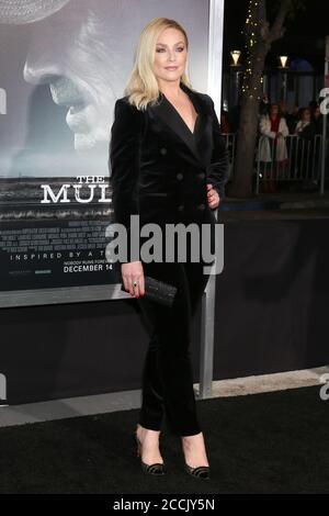 LOS ANGELES - DEC 10: Elisabeth Rohm al Mule World Premiere al Village Theatre il 10 dicembre 2018 a Westwood, California