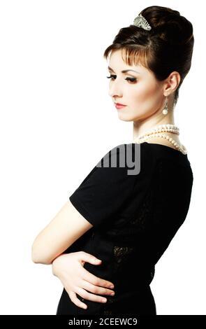 vintage Ritratto di una bella giovane ed elegante donna. La ragazza nell'immagine di Audrey Hepburn.