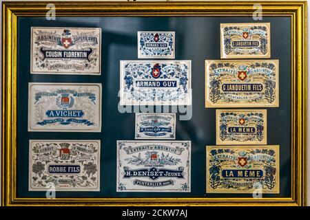 Etichette delle distillerie Absynthe a Pontarlier, Francia