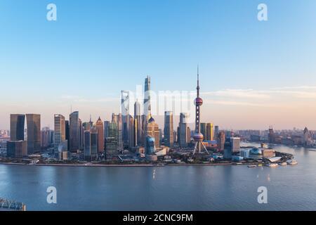 Crepuscolo in scena a Shanghai