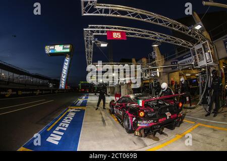 85 Frey Rahel (swi), Gatting Michelle (dnk), Gostner Manuel (ita), Iron Lynx, Ferrari 488 GTE Evo, azione, pit stop durante la 2020 24 ore di le Man