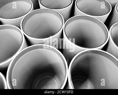 Tubi astratti sfondo prospettico in bianco e nero Foto Stock