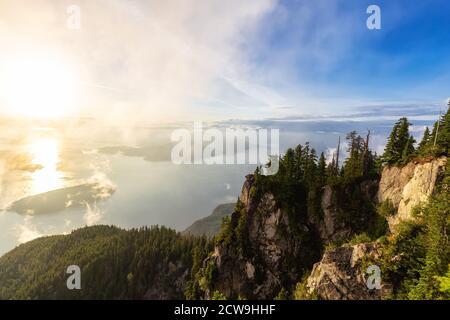 Splendida vista sul paesaggio montano canadese