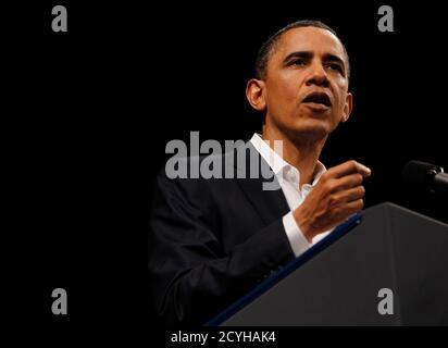 Il presidente degli Stati Uniti Barack Obama ha espresso le sue osservazioni al Teatro Municipale di Rio de Janeiro il 20 marzo 2011. REUTERS/Jason Reed (BRASILE - Tag: POLITICA)