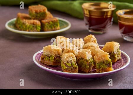 Dolci tradizionali turchi arabici baklava Foto Stock