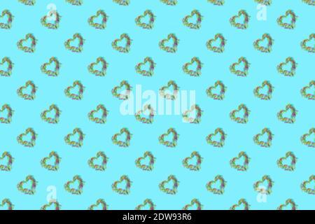 Pattern fatto da forme cardiache sfondo blu Foto Stock