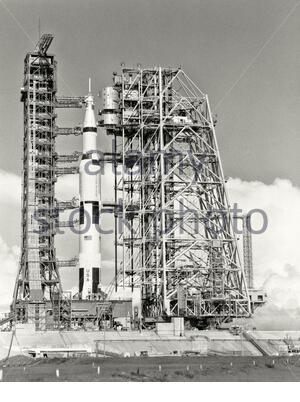Veicolo spaziale Saturn V. Apollo 11 fu il primo volo spaziale che sbarcò gli umani sulla Luna. Il comandante Neil Armstrong e il pilota lunare Buzz Aldri Foto Stock