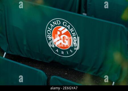 Tennis - apertura Francese - Roland Garros - Parigi, Francia - 23/05/16. Logo Roland Gorros. REUTERS/Benoit Tessier
