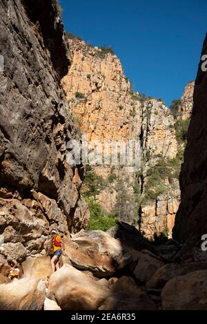 Escursioni / kloofing a Cedar Falls, Baviaanskloof, Sud Africa